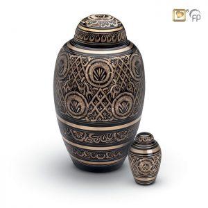 Mosazná urna